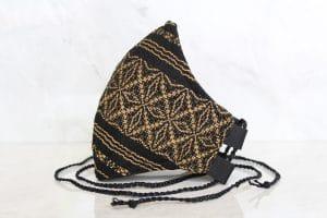 Mascarillas de rebozo hecha en telar negro dorado