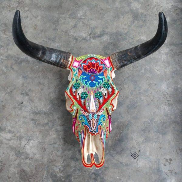 Cabeza de vaca estambre multicolor